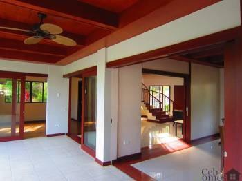 #0025 4-Bedroom House in Talamban