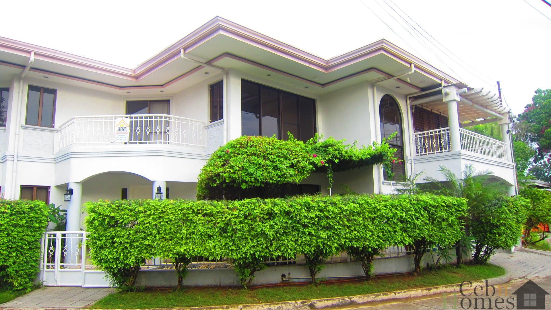 #0026 Spacious 4-Bedroom House in Banilad