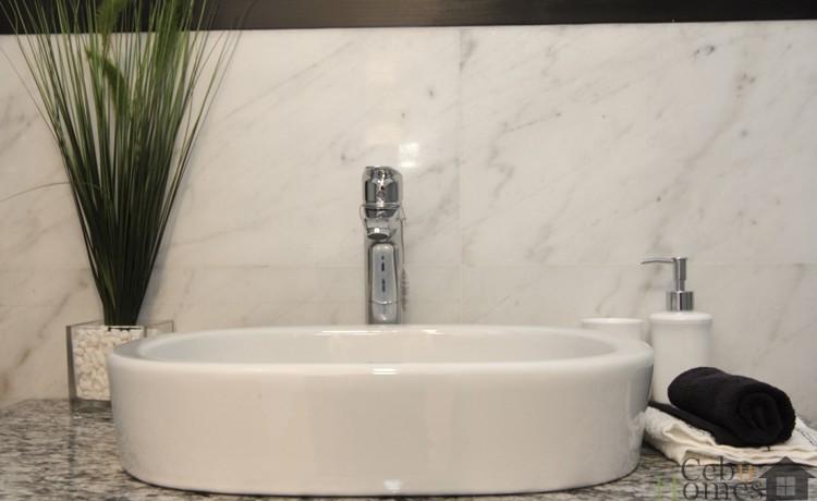 Masters Bedroom Toilet