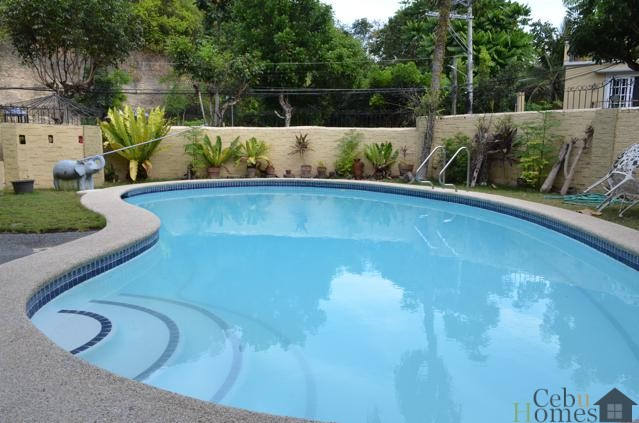 #0355 Unfurnished 4-Bedroom Home with Pool