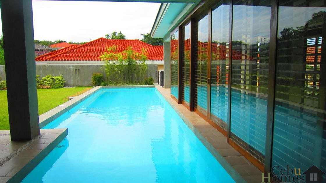 #0210 Modern House with Pool