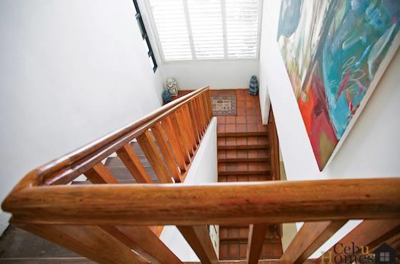 stairway-to-upstairs