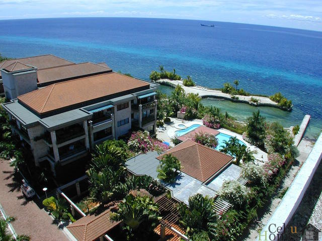 #0448 3 Bedroom Condo with Beautiful Seaview